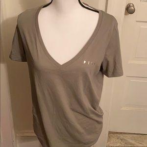 NWT Pink tees shirt size M
